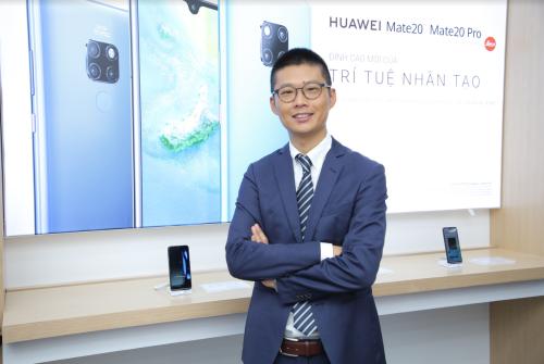 Ông Cheng Jiangfei,Tổng giám đốc Nhóm Kinh doanh Tiêu dùng Huawei Việt Nam.