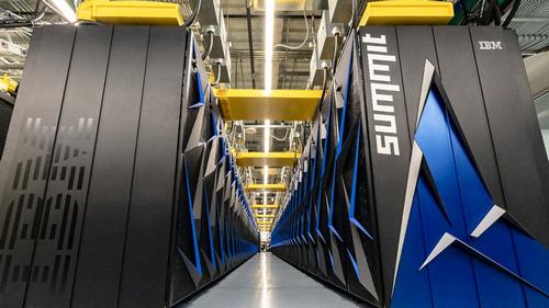 Siêu máy tính mạnh nhất thế giới IBM Summit. Ảnh: Prored.