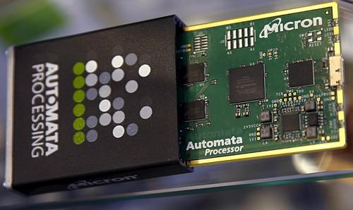 Micron là một trong những nhà cung cấp chip cho Huawei. Ảnh: Reuters.