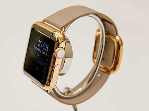 [Ive muốn biến Apple Watch trở thành một món đồ phụ kiện thời trang độc lập, nhưng điều ấy không được Apple chấp thuận.]