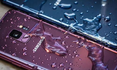 Các mẫu Galaxy cao cấp được Samsung giới thiệu với tiêu chuẩn IP68.