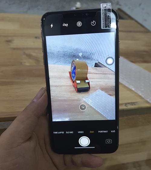 Giao diện camera tương tự iPhone chính chủ Apple.