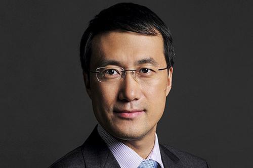 Ông Kevin Ho, chủ tịch mảng sản phẩm di động của Huawei. Ảnh: Emol.