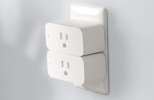 Ổ cắm thông minh giúp người dùng bật/tắt đèn, quạt và các đồ gia dụng trong nhà từ xa. Ảnh: Wccftech.