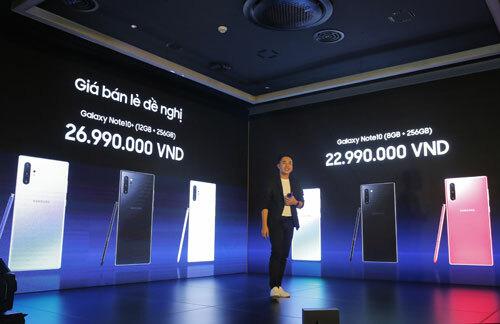 Samsung sẽ bán bộ đôi Galaxy Note10 tại Việt Nam cùng lúc với các nước khác.