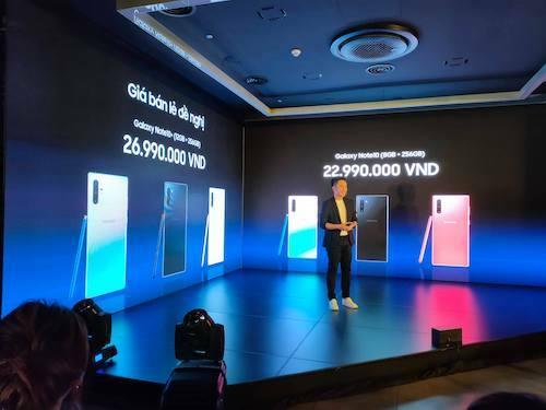 Samsung sẽ bán ra bộ đôi Galaxy Note 10 tại Việt Nam cùng lúc với các nước khác.