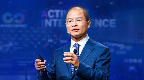 Ông Eric Xu. Ảnh: CNBC.
