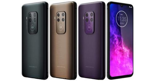 Motorola One Zoom có ba màu sắc, camera bốn ống kính.