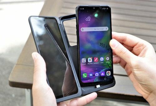 LG G8X ThinQ. Ảnh: EnGadget.