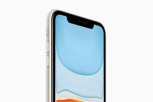 iPhone 11 giữ nguyên thiết kế tai thỏ đã có từ năm 2017.