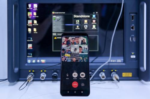 Từ tháng 12/2018, Oppo đã cho ra đời phiên bản thử nghiệm smartphone 5G dựa trên nguyên mẫu Oppo Find X.