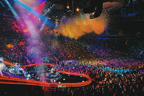 Buổi hòa nhạc của danh ca Elton John. Ảnh: Ryan Russell.