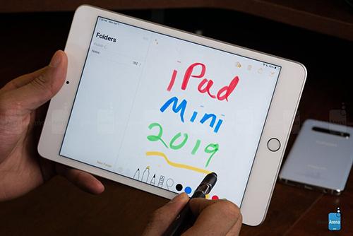 iPad mini 2019 hướng đến người dùng thích nhỏ gọn. Ảnh: Phonearena.