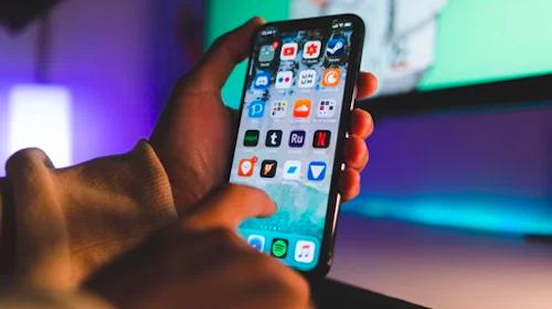 Apple mới đang trong giai đoạn đầu phát triển chip 5G, trong khi đối thủ Samsung, Huawei đã cán đích. Ảnh: Mac Observer.