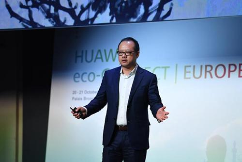 Phó chủ tịch Huawei Vincent Pang. Ảnh: Telecomdrive.