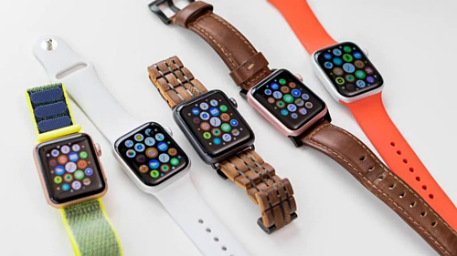 Apple Watch series 5 đã được bán chính hãng nhưng còn ít phiên bản, màu sắc và tuỳ chọn dây đeo như ở thị trường xách tay.