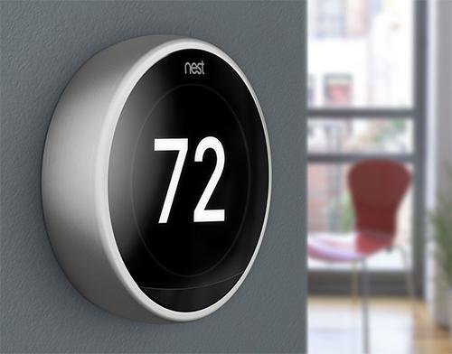 Bộ điều chỉnh nhiệt độ điều hòa Google Nest Thermostats.