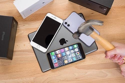 Không phải ai cũng ưa các sản phẩm Apple. Ảnh: Phone Arena