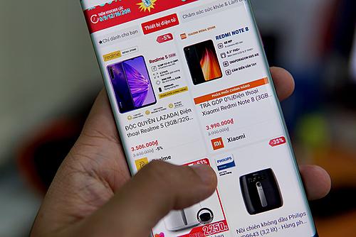 Thiết bị điện tử là một trong những ngành hàngbán chạy nhất dịp lễđộc thân vừa qua.
