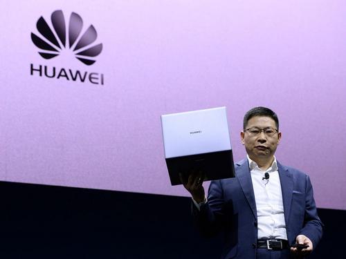 Việc hợp tác trở lại với Microsoft có thể giúp Huawei tiếp tục bán máy tính chạy Windows. Ảnh: Business Insider
