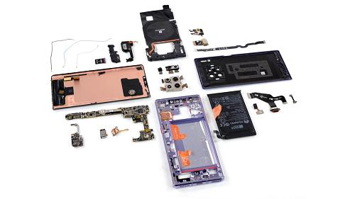 Trên các phiên bản mới của Huawei Mate 30 không chứa linh kiện Mỹ. Ảnh: iFixit.