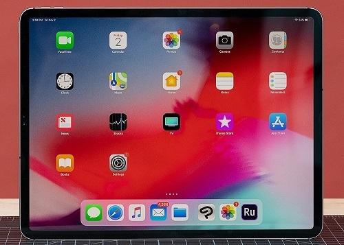 iPad Pro 12.9 inch ra mắt vào năm sau sẽ dùng màn hình mini LED. Ảnh: Vox.