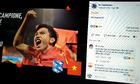 Người Việt tràn vào fanpage CLB của Văn Hậu để cảm ơn