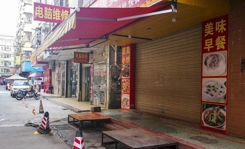 Ít nhất 60% doanh nghiệp địa phương buộc phải ngừng hoạt động sau khi Samsung rời đi. Ảnh: SCMP.