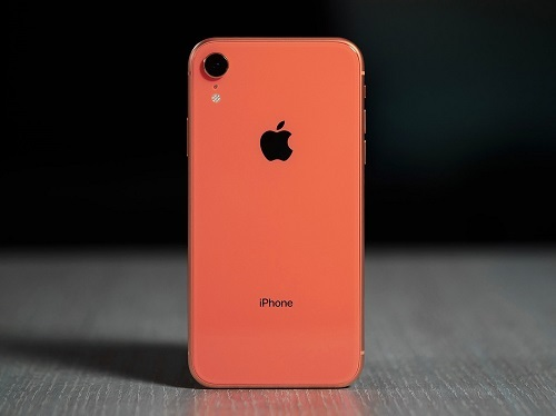 iPhone XR. Ảnh: Digital Trends.