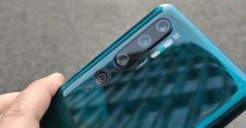 Xiaomi CC9 là một trong những mẫu smartphone đầu tiên tích hợp cảm biến ảnh hơn 100 megapixel.