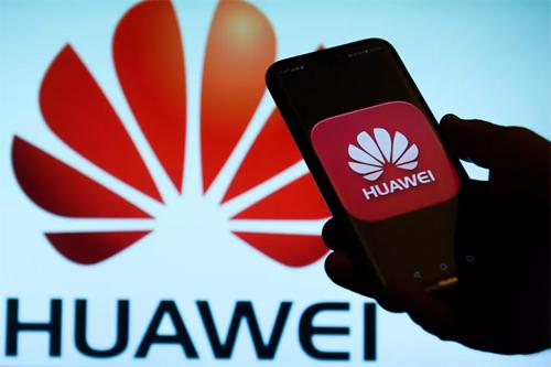 Huawei trải qua một năm sóng gió. Ảnh: VGC.