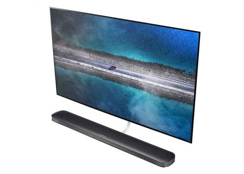LG mang TV 650 triệu đồng đến Tech Awards