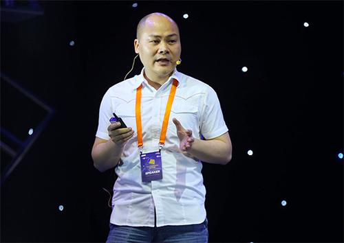 Ông Nguyễn Tử Quảng, Chủ tịch HĐQT Bkav tại diễn đàn Tech Talks.