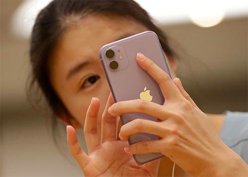 iPhone 11 đang giảm sức hút nhưng lại được người Trung Quốc chuộng. Ảnh: Reuters
