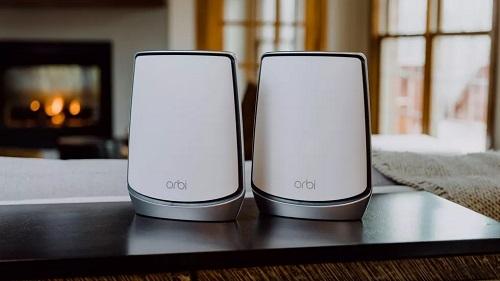 M?t b? Mesh Wi-Fi ???c ch?ng nh?n ??t chu?n Wi-Fi 6 c?a Netgear có giá h?n 10 tri?u ??ng. ?nh: Tech Spot.