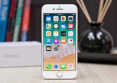 iPhone 9 có ngoại hình như iPhone 8 nhưng không còn phím Home. Ảnh: CNet.