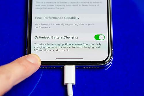 Sạc nhanh có thể trở thành tiêu chuẩn trên smartphone 2020.