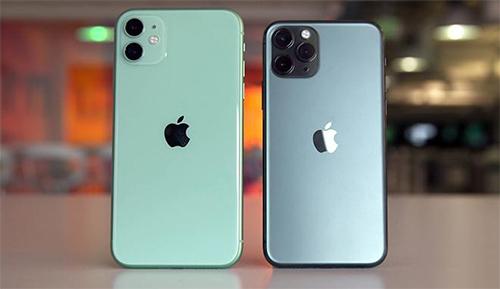 iPhone 11 (trái) đang là smartphone bán chạy nhất của Apple.