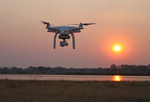 Mỹ lo ngại nguy cơ an ninh do drone Trung Quốc gây ra. Ảnh: NYTimes.