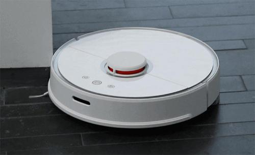 Robot hút bụi có thể tự đi làm việc hàng ngày theo lịch trình định sẵn.