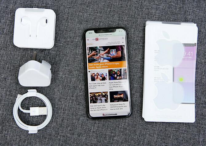 Apple iPhone X đã ra mắt hơn hai năm, nhưng vẫn được nhiều người Việt ưa chuộng.