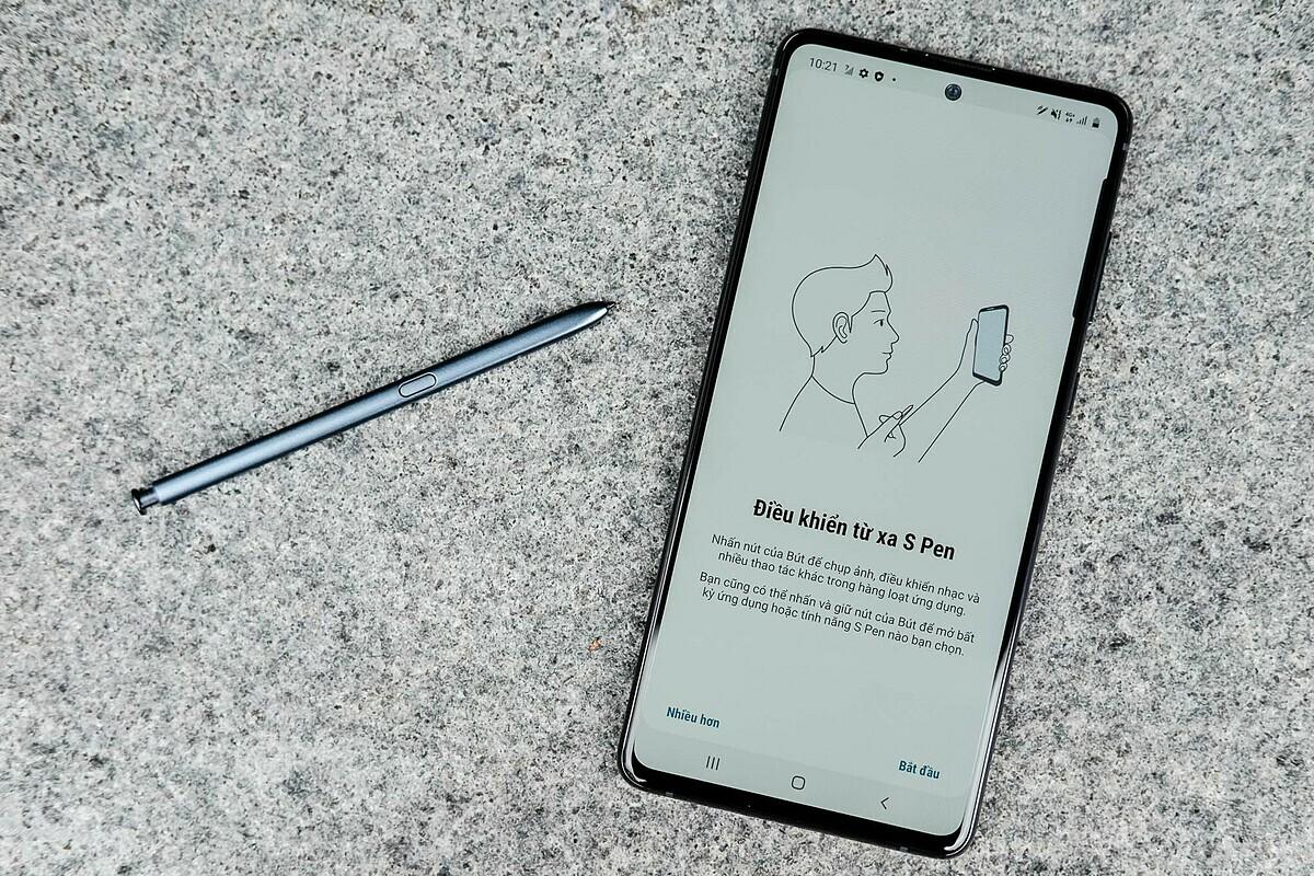 Galaxy Note 10 Lite. Ảnh: Tuấn Anh.