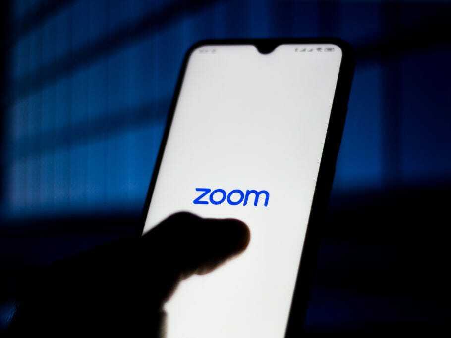 Zoom ngày càng gặp nhiều vấn đề về bảo mật. Ảnh: Business Insider.