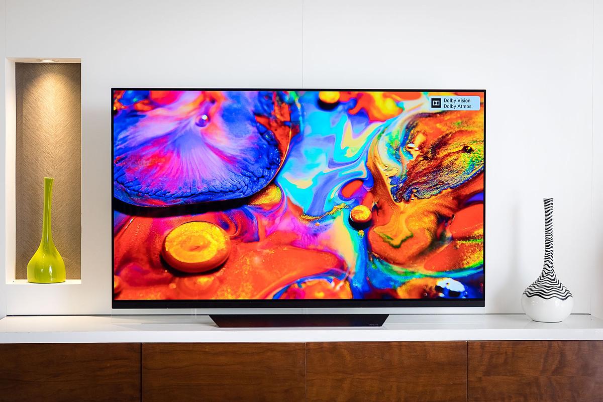 Giá của TV thường hạ sâu, chạm đáy sau khoảng 1 năm ra mắt.