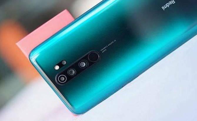 Điên thoại Xiaomi bị nghi thu thập dữ liệu. Ảnh: BI.