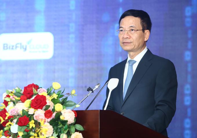 Bộ trưởng Bộ Thông tin và Truyền thông Nguyễn Mạnh Hùng trong lễ phát động Chiến dịch thúc đẩy chuyển đổi số bằng điện toán đám mây ngày 22/5 tại Hà Nội.