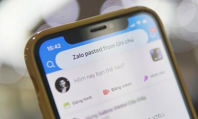 Zalo liên tục lấy dữ liệu trong bộ nhớ iPhone khi người dùng mở app.
