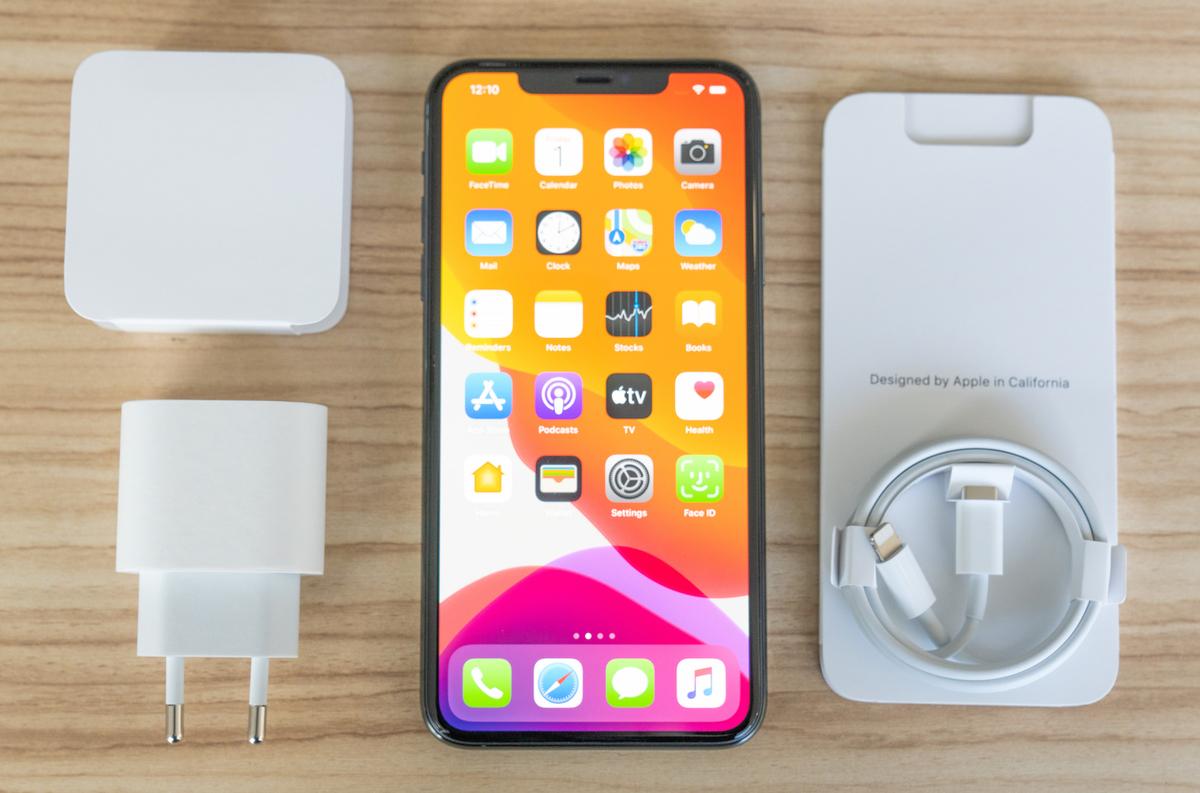 Sạc nhanh 18W của Apple hiện chỉ được trang bị trên iPhone 11 Pro/11 Pro Max.
