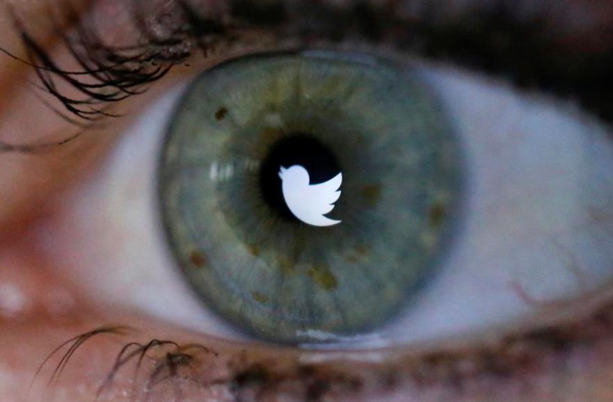 Twitter đang gặp sự cố lớn. Ảnh: Reuters.