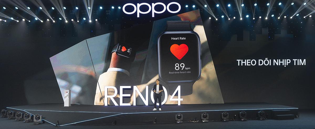 Oppo Watch ra mắt với nhiều tính năng hiện đại.